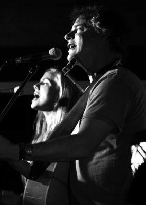 Auldfield : Robin Auld & Wendy Oldfield @ cafe roux, Noordhoek